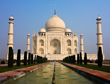 New Class of Consumers Drives Double-Digit Growth in India's Travel Market