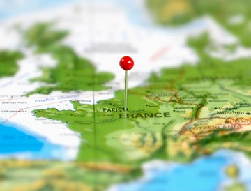 As France's Travel Market Bounces Back, Online Competition Heats Up